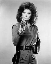 "JANE BADLER AS ""DIANA"" IN THE NBC TV SERIES ""V"" - 8X10 PUBLICITY PHOTO (NN-016)"