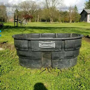 150 Gallon Rubbermaid Stock Tank & Custom OOAK Drain Plug Water Heater Deicer