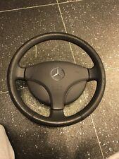 Mercedes W168 Classe A gris volant en cuir