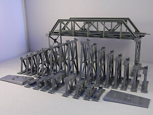 HO Scale 32 Piece Over Under Bridge and Trestle With Track Used
