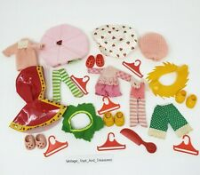 VINTAGE 1983 KENNER STRAWBERRY SHORTCAKE CLOTHING ACCESSORIES SHOES HATS COMB
