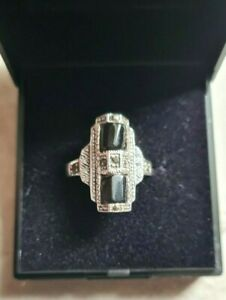 Sterling Silver Black Onyx & Marcasite unusual vintage Gothic look ring size M/N