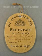 """63581: DIENSTMARKE """"Feuerpass"""" (Feuerwehr) der Stadt Hamburg, Papp-Ausweis"""