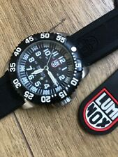 Luminox all stainless steel 200m military divers watch mod 3150 with tags quartz