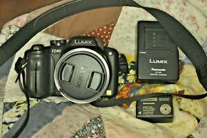 Panasonic DMC-FZ40 w/ leica lens 2 batteries(1 brand new) USB Cable and charger