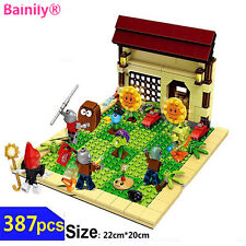 Plants vs Zombies Garden Maze Struck Game Toy & Figures Anime Building Blocks