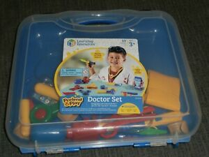 LEARNING RESOURCES 19 PC. SET PRETEND & PLAY DOCTOR SET