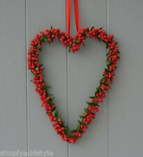 Red Frosted Bead Heart Christmas Wreath