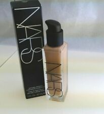 NARS Natural Radiant Long Wear Foundation light 4.5 vienna 6606