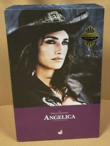 ANGELICA 1/6TH SCALE PIRATES OF THE CARIBBEAN PENELOPE CRUZ HOT TOYS FIGURE