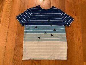 HANNA ANDERSSON BOYS SZ 10 (140) Multicolored Stripe Top w/ Shark Tales & Fins