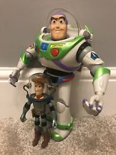Disney Store Toy Story BUZZ LIGHTYEAR talking Figure TOY With Spaceman Woody