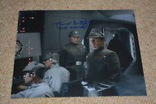 TREVOR BUTTERFIELD signed Autogramm 20x25 cm In Person STAR WARS IMP. OFFICER