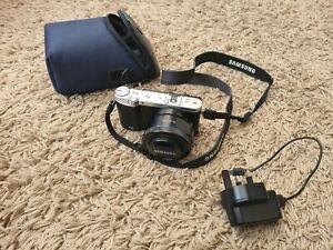 Samsung NX3000 System digita Camera 16-50mm Lens carry case Condition Very Good