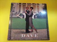 DAVE Kevin Kline, Sigourney Weaver, Ben Kingsley 1993 WB PG 13 LASERDISC