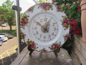 ROYAL ALBERT BONE CHINA  OLD COUNTRY ROSE  WALL CLOCK