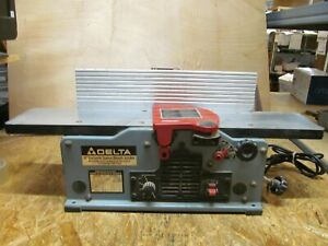 "Delta 6"" Variable Speed Bench Jointer 37-070 ( LOT 220)"