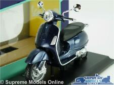 VESPA GRANTURISMO 2003 MODEL SCOOTER BIKE 1:18 SCALE BLUE MOPED MAISTO K8
