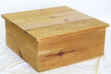 Quadratische Couchtische aus Massivholz