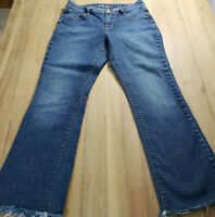 Old Navy Womens The Dreamer Bootcut Blue Jeans Size 4 Reg Medium Wash Raw Hem