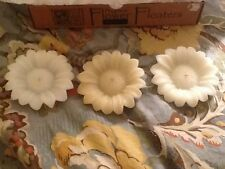 "Aspen Bay Company Albino Sunflowers Handcrafted  4"" Floating Candles, Box Of 3"