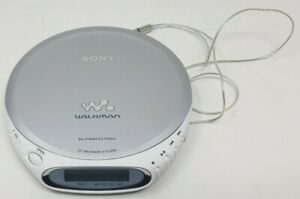 Sony Walkman D-EJ360 White Silver Portable CD Player G Protection Tested Working