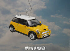 Deluxe Hard Top Austin Mini Cooper S Christmas Ornament 1/28th BMW