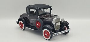 *Rare* MIB 1931 Ford Model A Coupe with Red wheels Danbury Mint 1:24 Diecast