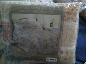 Quilted double Bedspread floral Bed Throw Bed topper by Restmor
