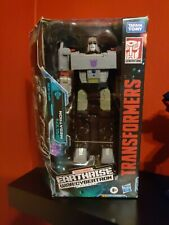Hasbro E8204 WFC-E38 Megatron Transformers Generations War For Cybertron Action?