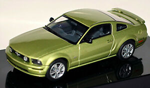 Ford MUSTANG V Gt Coupe 2004-09 Legend Lime Green Metallic 1:43 Autoart