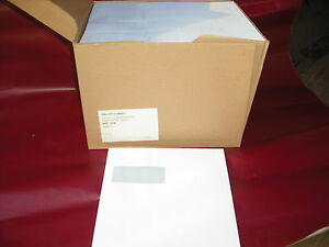 box 500 wallet  220 x 220 100gsm white gummed envelopes (window 39 x 93) opaqued