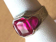 VINTAGE 10K WHITE GOLD LARGE RED SYNTHETIC RUBY MEN'S  WOMEN'S  UNISEX RING