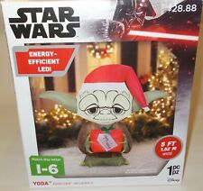 Star Wars Yoda Christmas Airblown Inflatable 5' Santa Hat & Present Lights Up