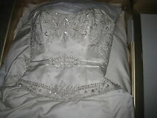 Wedding Dress size 4 Priscilla of Boston Platinum
