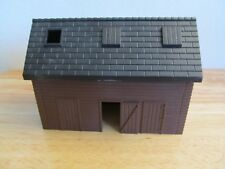 Ertl Farm Country brown grainery building shed 1/64th scale