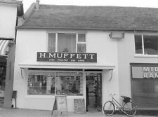 PHOTO  HARLOW H MUFFET HIGH STREET 1971 FISH POULTRY AND GAME MERCHANT IN OLD HA