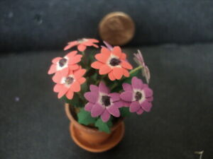 DOLLHOUSE FLOWERS IN CLAY POT