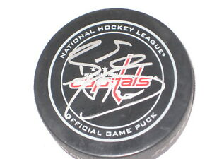 BRADEN HOLTBY Signed Washington CAPITALS Official GAME Puck with Beckett COA