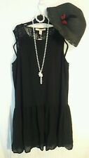 FLAPPER 1920's DOWNTON ABBEY-Lady Rose- Black Dress- Pearl Necklace-Bracelet-Hat