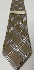 Michael Kors Tie Silk Gold Criss Crossing Diagonal Stripes Classic Fit 60L 3.5W