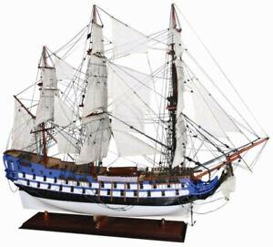 Luxus Flaggschiff Le Protecteur mit Ständer 94 cm - Modellschiff Modellboot