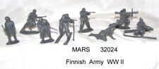 Mars 32024 1/32 Finnish Army toy soldiers 12 figs in 8 poses + 4 skis