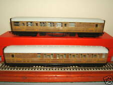 "HORNBY RAILWAYS MODELS No's R477 + R478       LNER GRESLEY ""TEAK"" COACHES"