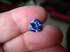 SUPERBE TANZANITE VERNEUIL TRILLION mm...IF...10x10mm et 4,50cts environ