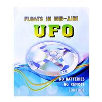 Erstaunliche UFO Floating Flying Disk Magic Creative Trick Saucer Spielzeug