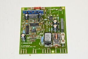 Wolf 2799101, Honeywell S4562A 1022 Gasfeuerungsautomat, 2 J. Garantie #m665