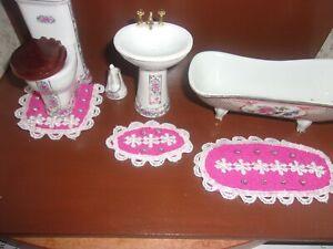 READ - 1:12 DOLLHOUSE MINIATURE Handmade 3 pc. Terry Cloth and Lace BATH MAT SET