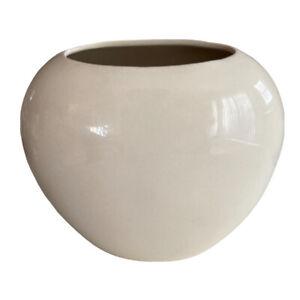 """Vintage Hyalyn Pottery #866 Mid Century Modern Cream White Porcelain Vase USA 9"""""""