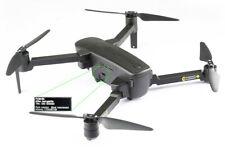 Placa identificativa para drones con grabado CNC laser de alta nitidez.